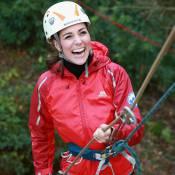 Kate Middleton mostra boa forma e se aventura em rapel. Veja a galeria de fotos!