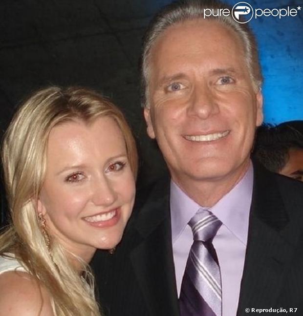 Roberto Justus está namorando a ex-aprendiz Ana Paula Siebert, 33 anos mais nova
