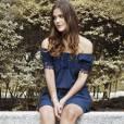 Pâmela Tomé, a 'Alina' de Malhação, fez um ensaio para seu blog com vestido de tecido leve da marca Tova