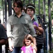 Tom Cruise não vê a filha Suri há 2 anos por falta de interesse, diz revista
