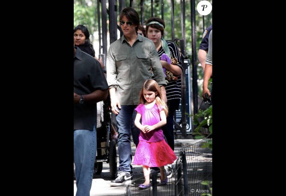 Tom Cruise já não vê a filha Suri, de 9 anos, há mais de dois