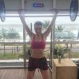 'Faço circuito e musculação durante uma hora e quinze minutos', conta Fernanda Keulla