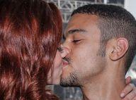 Sophia Abrahão e Sergio Malheiros se beijam e posam juntos em festival