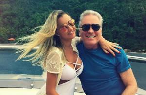 Mulher de Roberto Justus posta foto com ele tirada pela ex-mulher do empresário