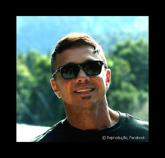 Na tarde desta terça-feira (1), Netinho usou o Facebook para contar aos fãs que voltou a ser internado, em um hospital da capital paulista, após sentir tontura e ter sangramentos