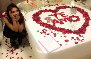 Namorado de Carol Nakamura cobre a cama da bailarina com flores: 'Sensacional'