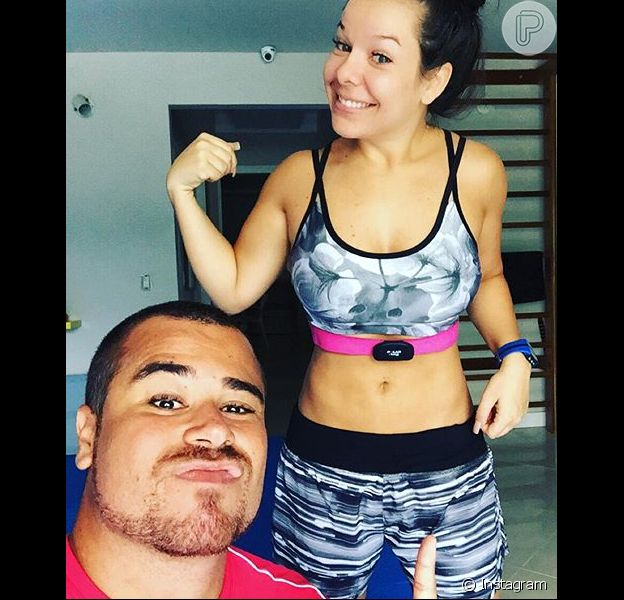 Fernanda Souza impressionou os fãs em foto postada nesta segunda-feira, dia 07 de dezembro de 2015