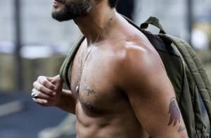 Bruno Gagliasso exibe corpo sarado sem camisa em foto de Giovanna Ewbank: 'Gato'
