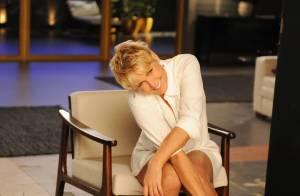 Xuxa escolhe look branco e curtinho para sessão de fotos