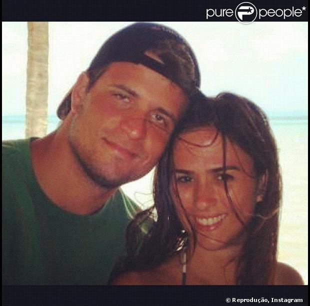 Tatá Werneck e o engenheiro Felipe Gutnik reataram o namoro de sete anos, conforme ela confirmou em entrevista à revista 'QUEM' que chegou  às bancas nesta quarta-feira, 04 de setembro de 2013