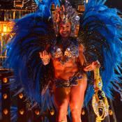 Gracyanne Barbosa estreia na Portela com fantasia com 30 mil cristais: 'Caro'