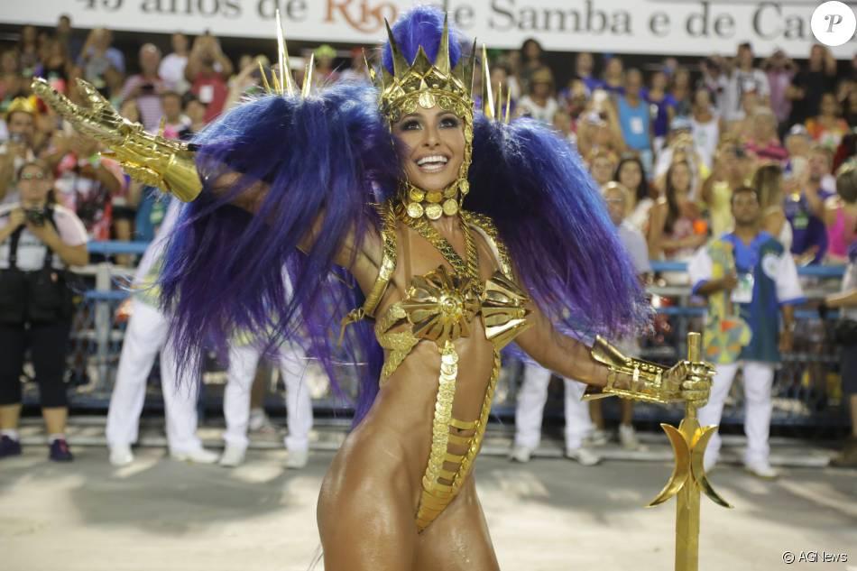 fcaa609492f1f Carnaval 2016  Sabrina Sato brilhou como rainha de bateria da Unidos de  Vila Isabel