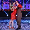 Sensual e segura, Carol Castro arrasou ao dançar tango no palco do 'Domingão'