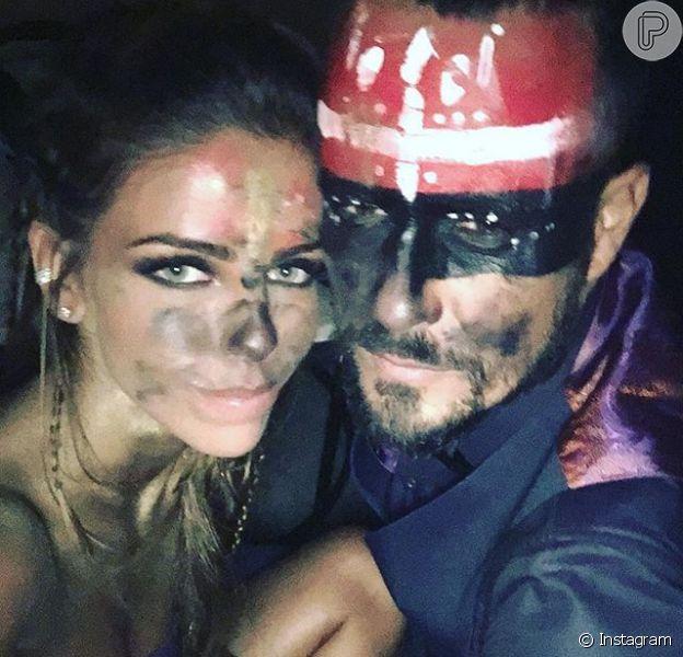 Paulo Vilhena assumiu a relação no Instagram ao postar uma foto ao lado de Vanessa Ribeiro nesta segunda-feira, 15 de fevereiro de 2016
