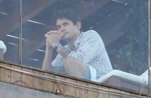 John Mayer aparece na sacada de hotel horas antes de show no Rock in Rio