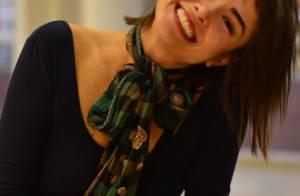 Maria Casadevall cria suas próprias roupas e diz: 'Me visto de forma teatral'