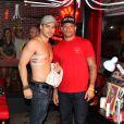 Rodrigo Andrade faz tatuagem no último dia do Rock in Rio