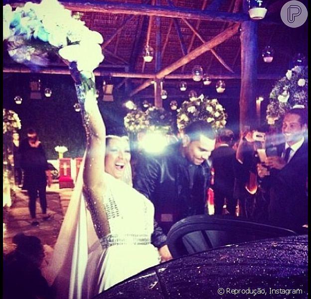 Naldo se casa com Ellen Cardoso, a MUlher Moranguinho, no Rio de janeiro, em 23 de setembro de 2013