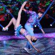 No palco, Carol Castro deu um show ao se apresentar na Dança dos Famosos