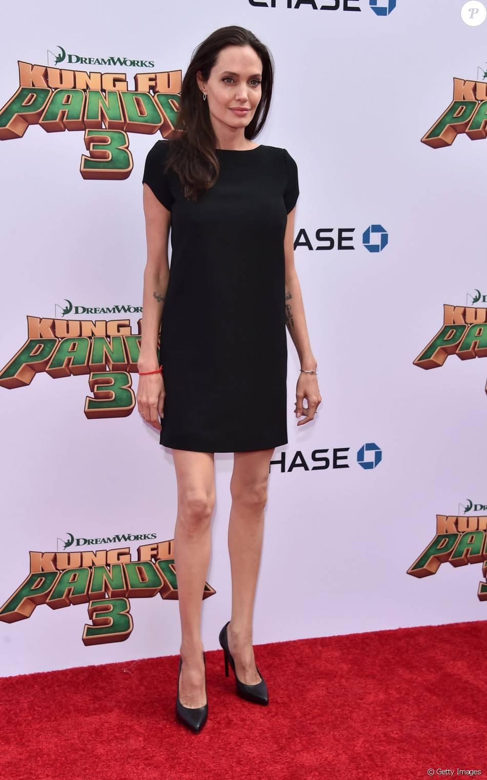 Angelina Jolie estaria internada em estado grave e  pesando apenas 35 quilos