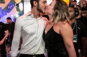 Matheus pede Cacau, vice-campeã do 'BBB16', em namoro: 'Amor da minha vida'