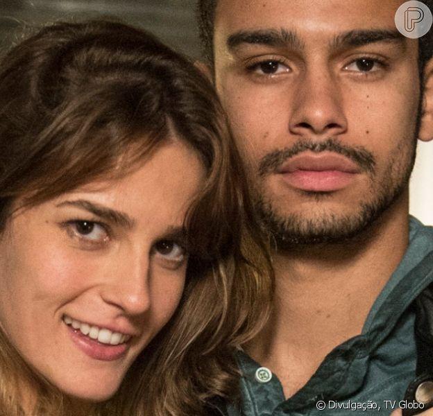 Na novela 'Totalmente Demais', Sofia (Priscila Steinman) e Jacaré (Sérgio Malheiros) roubam o cofre dos pais da jovem, que reforça sua vontade em matar Eliza (Marina Ruy Barbosa)