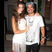 Rayanne Morais fica noiva de Douglas Sampaio e mostra anel: 'Sem palavras'