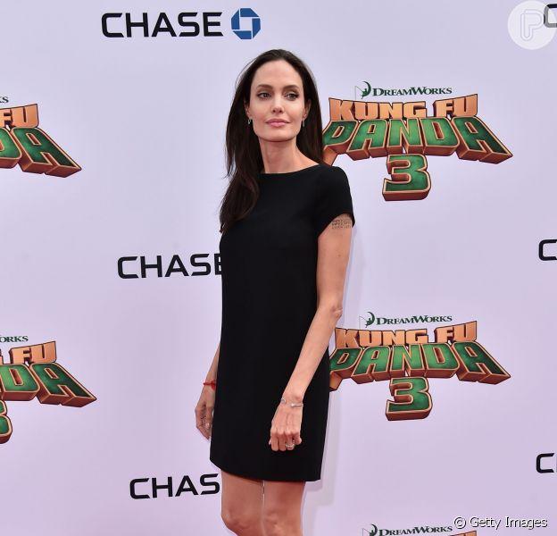 Angelina Jolie não está com anorexia, garante fonte próxima ao casal para o site americano  'Gossip Cop'