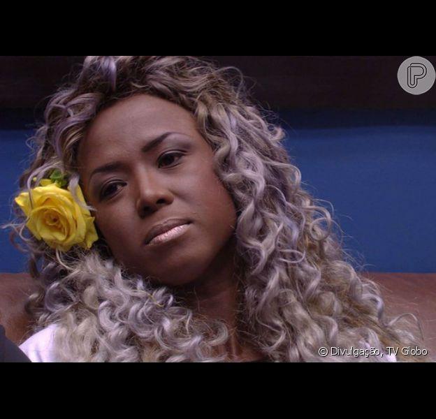 Adélia, do 'BBB16', não vai mais ser a capa da revista 'Sexy', diz a coluna 'Retratos da Vida', do jornal 'Extra', nesta sexta-feira, 15 de abril de 2016