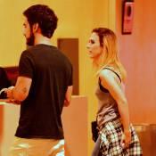 Tatá Werneck e Gabriel Godoy, par na novela 'Haja Coração', vão juntos ao cinema
