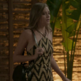 Em 'Totalmente Demais', Juliana Paiva usou top frente única com saia na mesma estampa