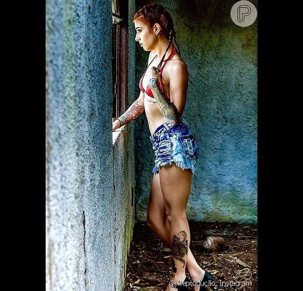 Paloma Duarte publicou uma foto em que sua filha mais velha, Maria Luiza, de 20 anos, aparece em um ensaio com o fotógrafo Helton Santos