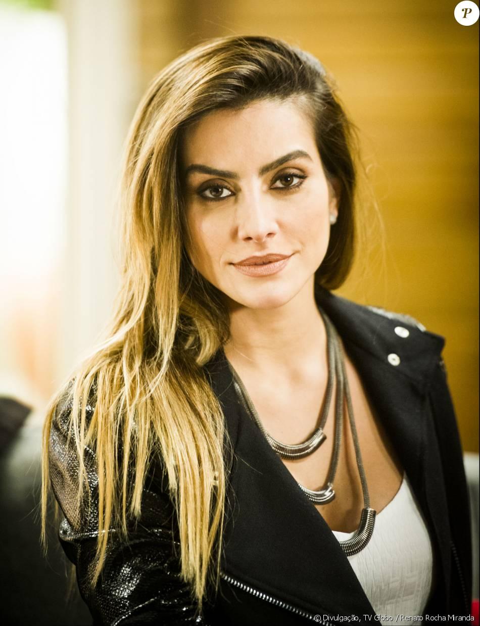 Cleo Pires será a exuberante Tamara na novela 'Haja Coração', dona de uma boate e mulher aventureira. Escrita por Daniel Ortiz, a trama faz uma releitura de 'Sassaricando', de Silvio de Abreu, e tem estreia prevista para maio de 2016