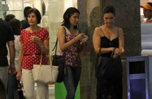 Fátima Bernardes faz compras com a mãe, Eunice, e a filha Laura. Fotos!