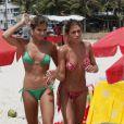 As gêmeas do nado sincronizado vão dar um mergulho para refrescar