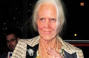 Heidi Klum surpreende e aparece irreconhecível como idosa em festa de Halloween