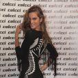Izabel Goulart afirmou que gosta do seu corpo, mas que acredita que sua silhueta não é a que o brasileiro acha a ideal