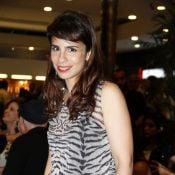 Maria Ribeiro chega aos 38 anos no time de apresentadoras do 'Saia Justa'