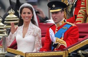 Fatia do bolo de casamento de William e Kate, em 2011, é arrematado por R$ 9 mil