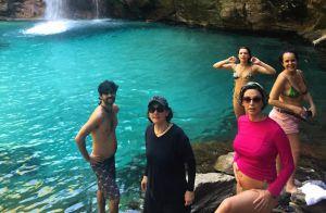 Bruna Linzmeyer curte viagem com cineasta Kity Féo, apontada como romance. Fotos