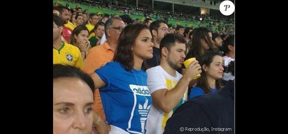 b23c1ca0ddd Bruna Marquezine assistiu ao jogo do Brasil contra a Alemanha na  arquibancada do Maracanã