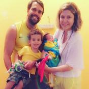 Filho recém-nascido de Bárbara Borges tem alta de UTI: 'Meu ouro chegou em casa'
