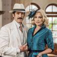 Sandra (Flávia Alessandra) alerta Ernesto (Eriberto Leão), na última semana da novela 'Êta Mundo Bom!': 'Não vamos devolver no momento da entrega do dinheiro. Pode haver uma armadilha'