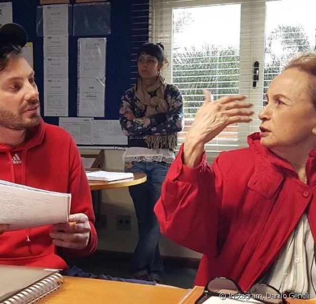 Joana Fomm apareceu ao lado de Danilo Gentili trabalhando no filme 'Como Se Tornar o Pior Aluno da Escola'. 'Trabalhando nas falas', escreveu o apresentador em sua conta de Instagram nesta segunda-feira, 22 de agosto de 2016