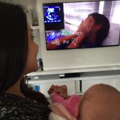 Thais Fersoza relembra gravidez ao assistir clipe com filha no colo: 'Especial'