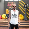 Também embaixador da Paralimpíada, Paulo Vilhena aparece sem uma perna na foto