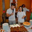Bruno Gagliasso apresenta sobremesas aos turistas