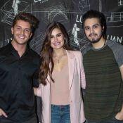 Klebber Toledo e Camila Queiroz visitam camarim de Luan Santana, em São Paulo