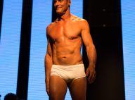 Paulo Zulu, após ter nude vazado, desfila de sunga aos 53 anos. Fotos!