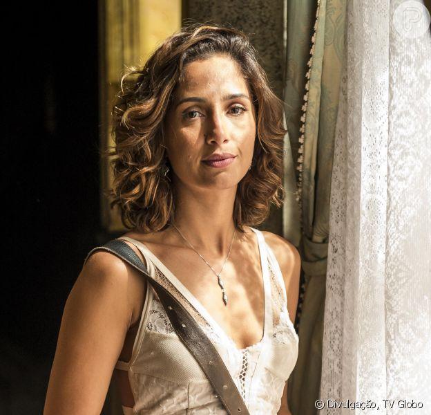 Direção da Globo pensa em afastar Camila Pitanga das gravações de 'Velho Chico' após morte de Domingos Montagner. Informação foi divulgada nesta sexta-feira, 16 de setembro de 2016